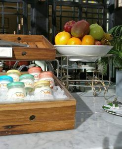 Alturas-buffet-desayuno-madera-lumiere-fsba-6004-04