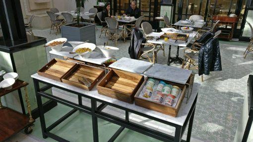 Alturas-buffet-desayuno-madera-lumiere-fsba-6004-ajidiseño-01