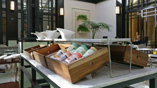 Alturas-buffet-desayuno-madera-lumiere-fsba-6004-ajidiseño-05